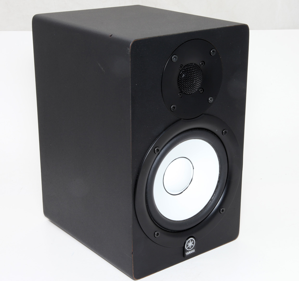 Yamaha hs50m 120v 45w powered monitor single speaker for Yamaha powered monitor speakers